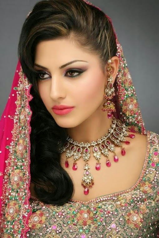 Latest Fashion Trends: Latest Pakistani and Indian Bridal Hair Style ...