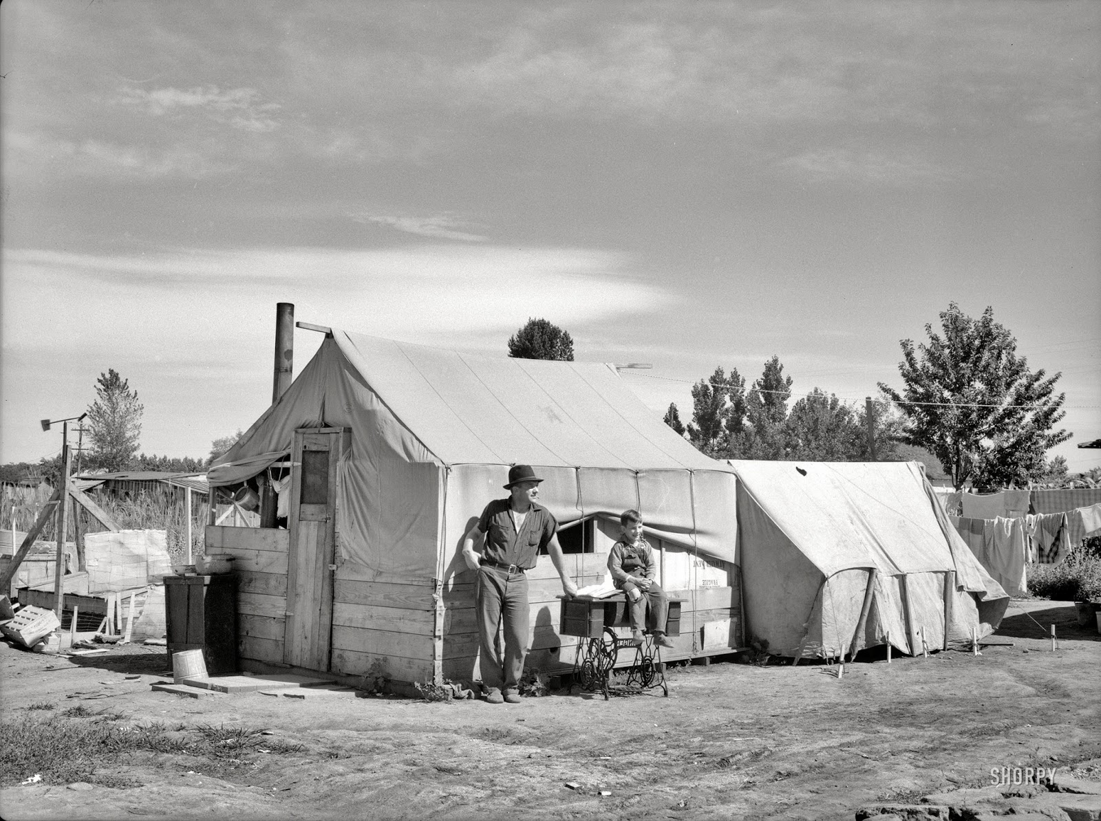 The History Place - Dorothea Lange Photo Gallery: Migrant Farm security administration pictures
