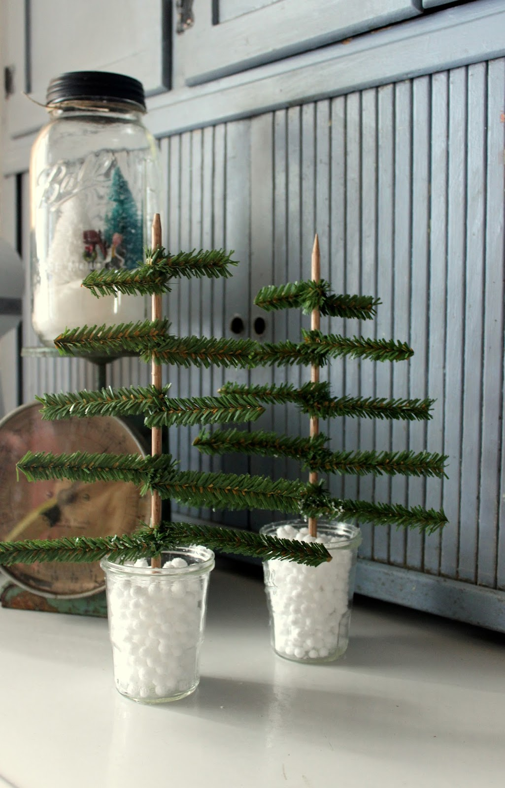 i found an easy and inexpensive way to make your own little forest of christmas treesand it is a fun family project too i found the materials for this - Swedish Christmas Tree