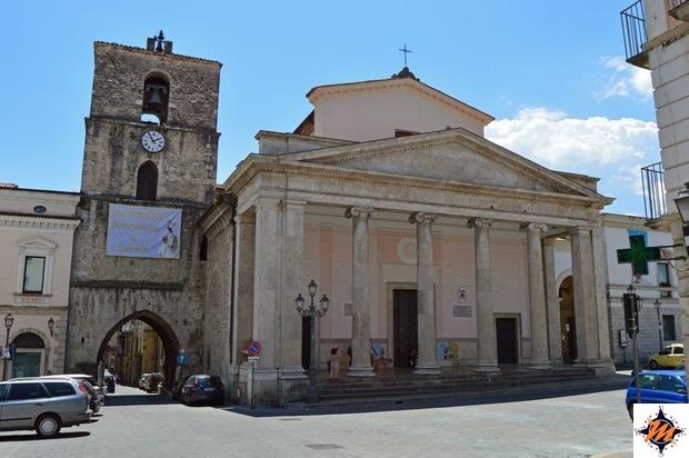 Isernia, Cattedrale di San Pietro Apostolo