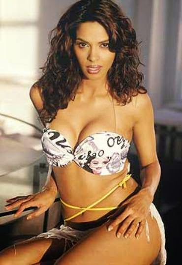 Mallika Sherawat hot photoshot, Mallika Sherawat without cloths, Mallika Sherawat without cloth wallpaper, Mallika Sherawat sexy photoshot Wallpaper