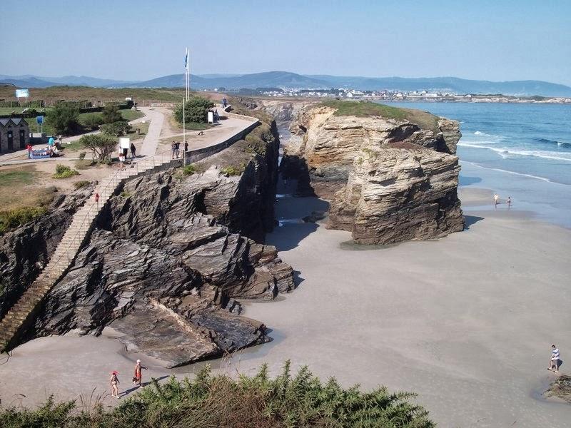 playa de las catedrales parking