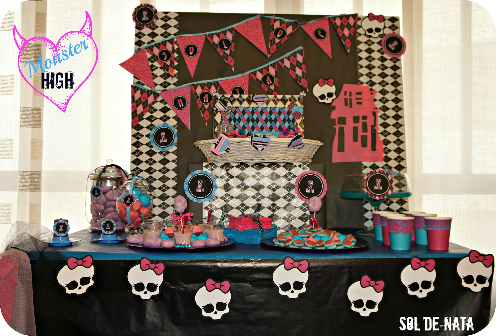 Sol de Nata: Cumpleaños temático Monster High. Showroom Sol de ...