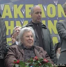 Και το Συλλαλητήριο της Αθήνας είναι πλέον ιστορικό! (Φωτό) Η γενναιότητα του Μίκη φάνηκε ακόμα