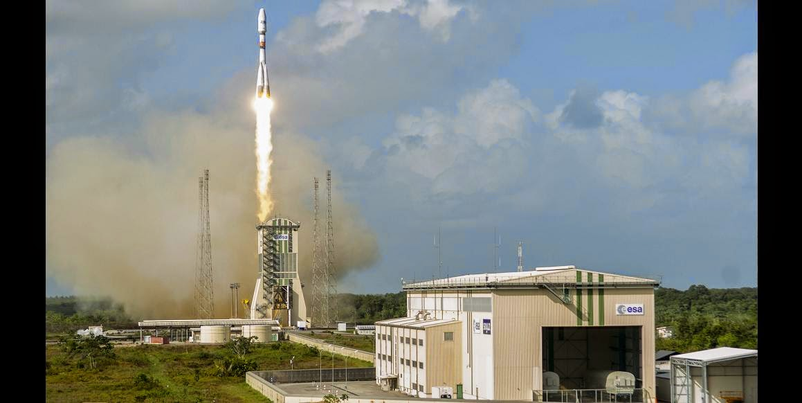 Arianespace's workhorse Soyuz is shown lifting off from the Spaceport's ELS launch facility during the daytime launch with four more connectivity satellites for O3b Networks. Credit: ESA/CNES/Arianespace
