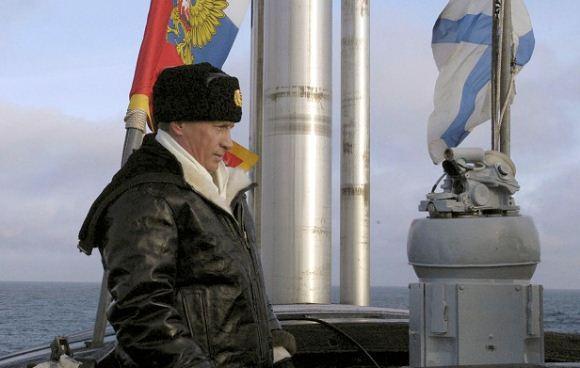 Presiden Rusia Vladimir Putin di atas kapal nuklir Arkhangelsk