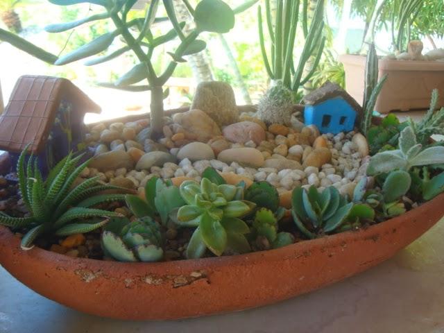 artesanato mini jardim : artesanato mini jardim:Como peças que vão se encaixando, tudo começa a tomar forma, e o