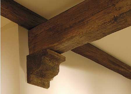 Soffitto In Legno Finto : Arredo in travi finto legno