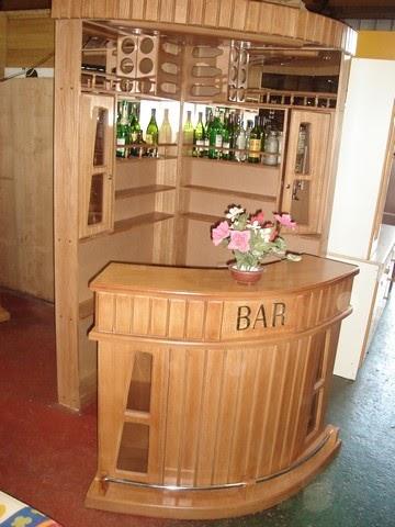 Muebles j m valdivia bar esquinero for Modelos de barcitos hecho en madera
