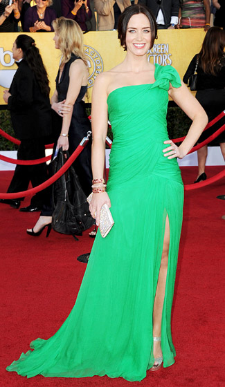 Emily+Blunt+in+Green+at+the+Sag+awards+2012