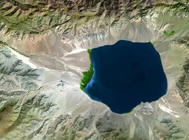 gambar-satelit-uvs-lake-mongolia