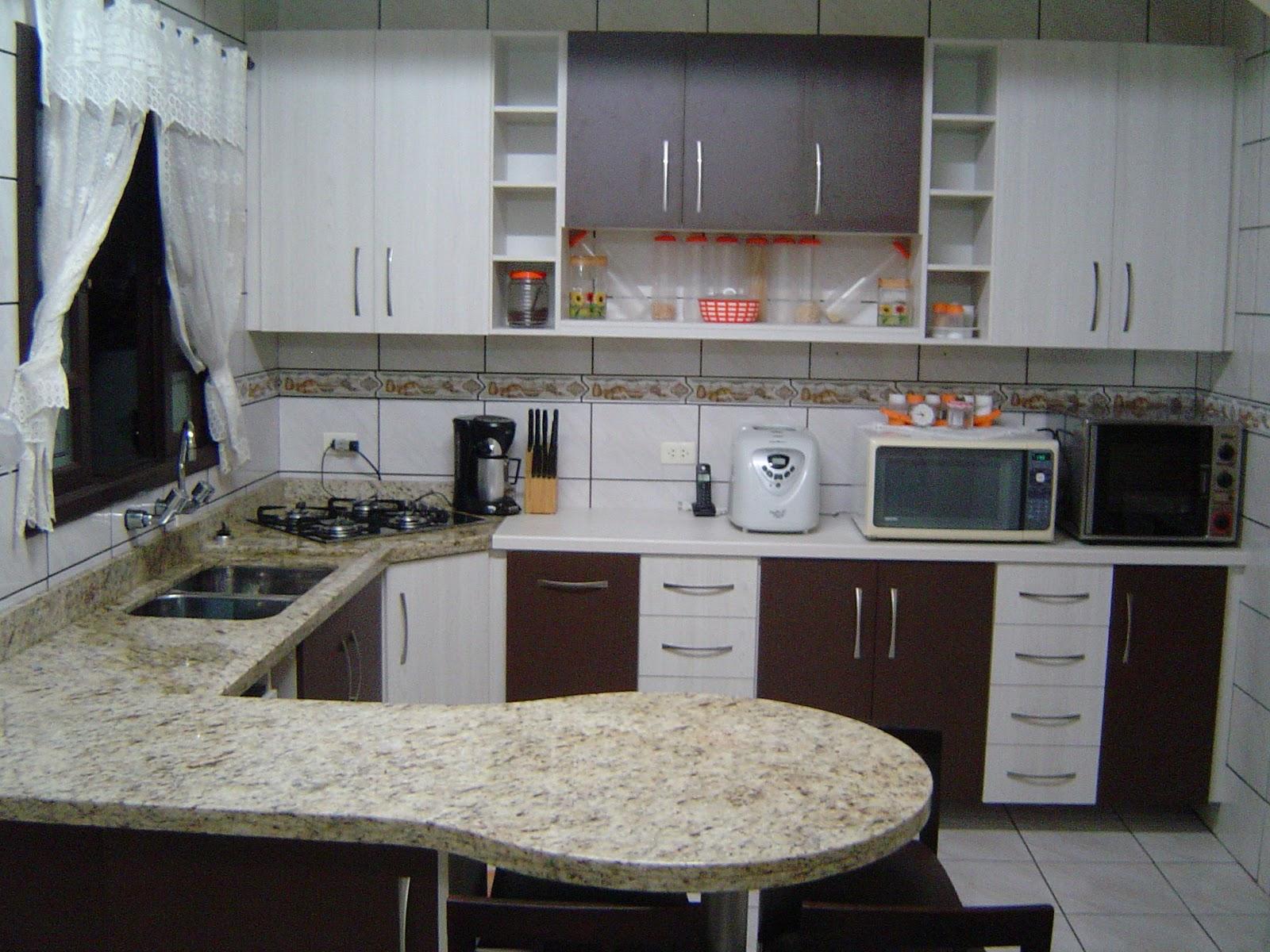 Cozinha completa em MDF nas cores Tabaco e Teka ártico. #604B3D 1600x1200