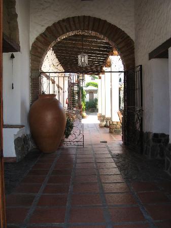 Como decorar la casa detalles de una casa colonial for Detalles de una casa