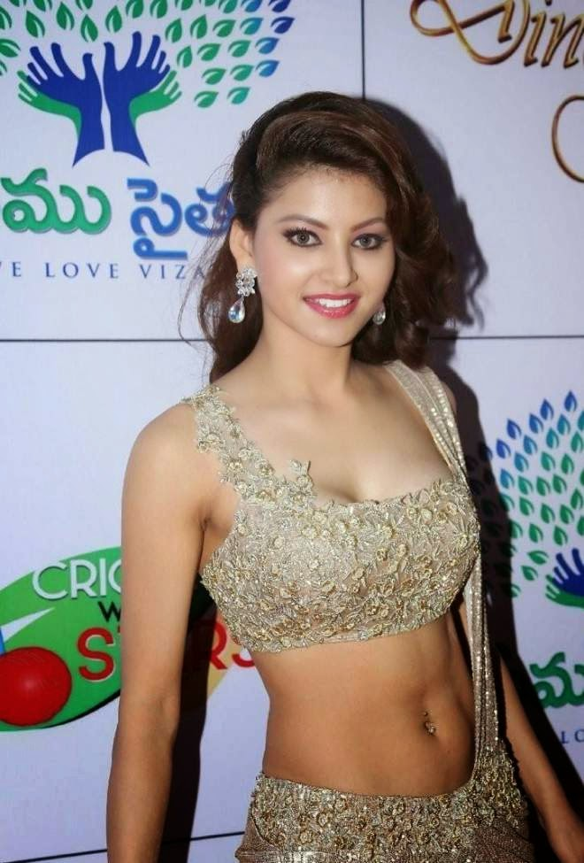 urvashi rautela awesome navel show images