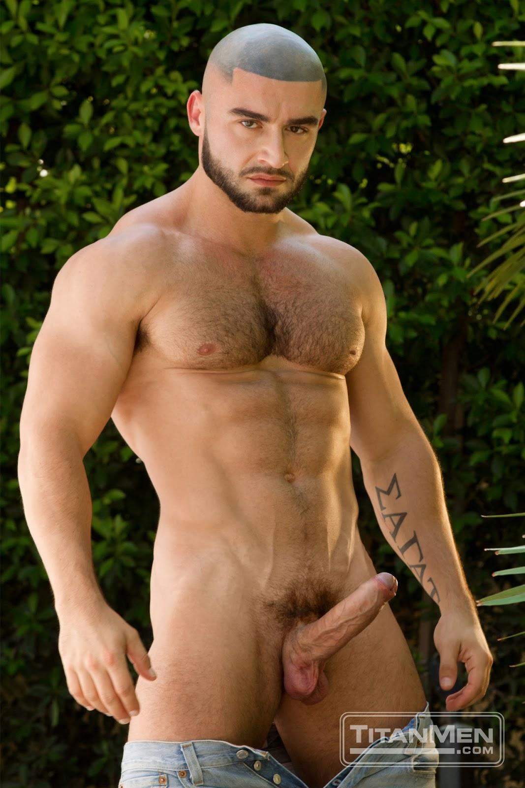 finding gay men lakeland florida