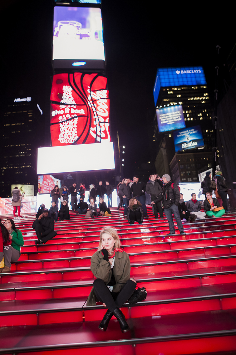 Times Square New York City, Big Apple, Concrete Jungle, City that never sleeps, TKTS staircase, nighttime, fashion blogger, NYC, photo shoot, Ian Rusiana