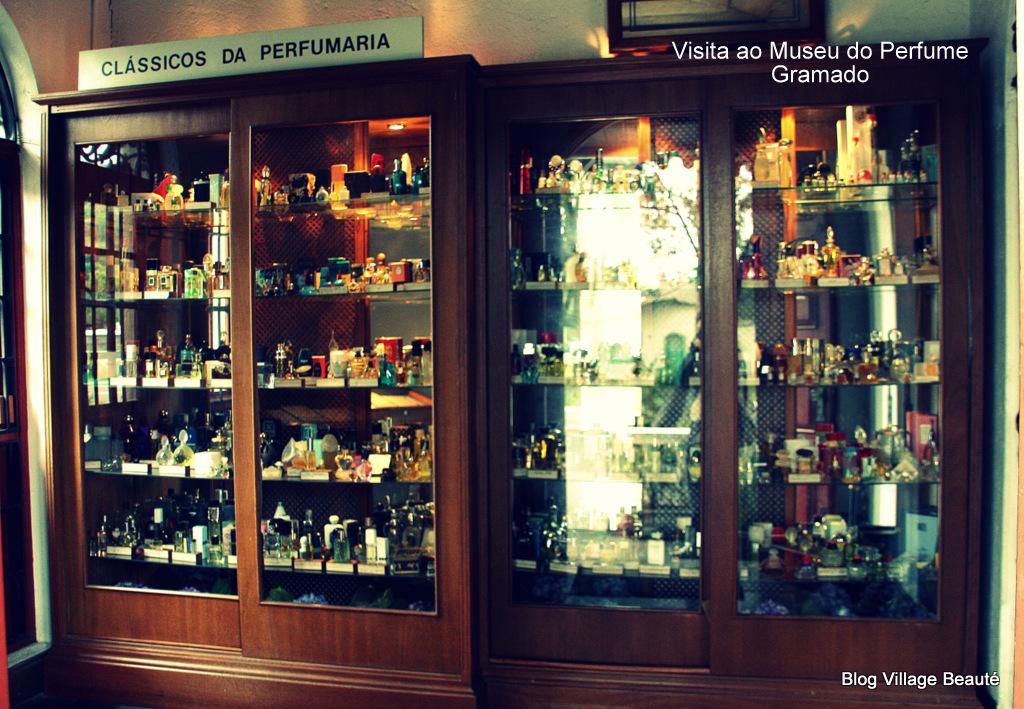 PERFUMES CLÁSSICOS NO MUSEU