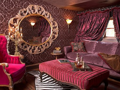 Logeerkamer on pinterest burlesque french boudoir for Boudoir bedroom ideas
