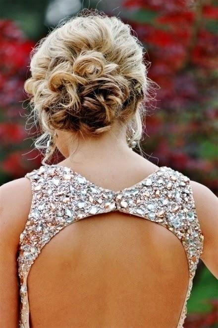 Xu hướng kiểu tóc cô dâu mùa thu 2014 mới lạ và bay bổng