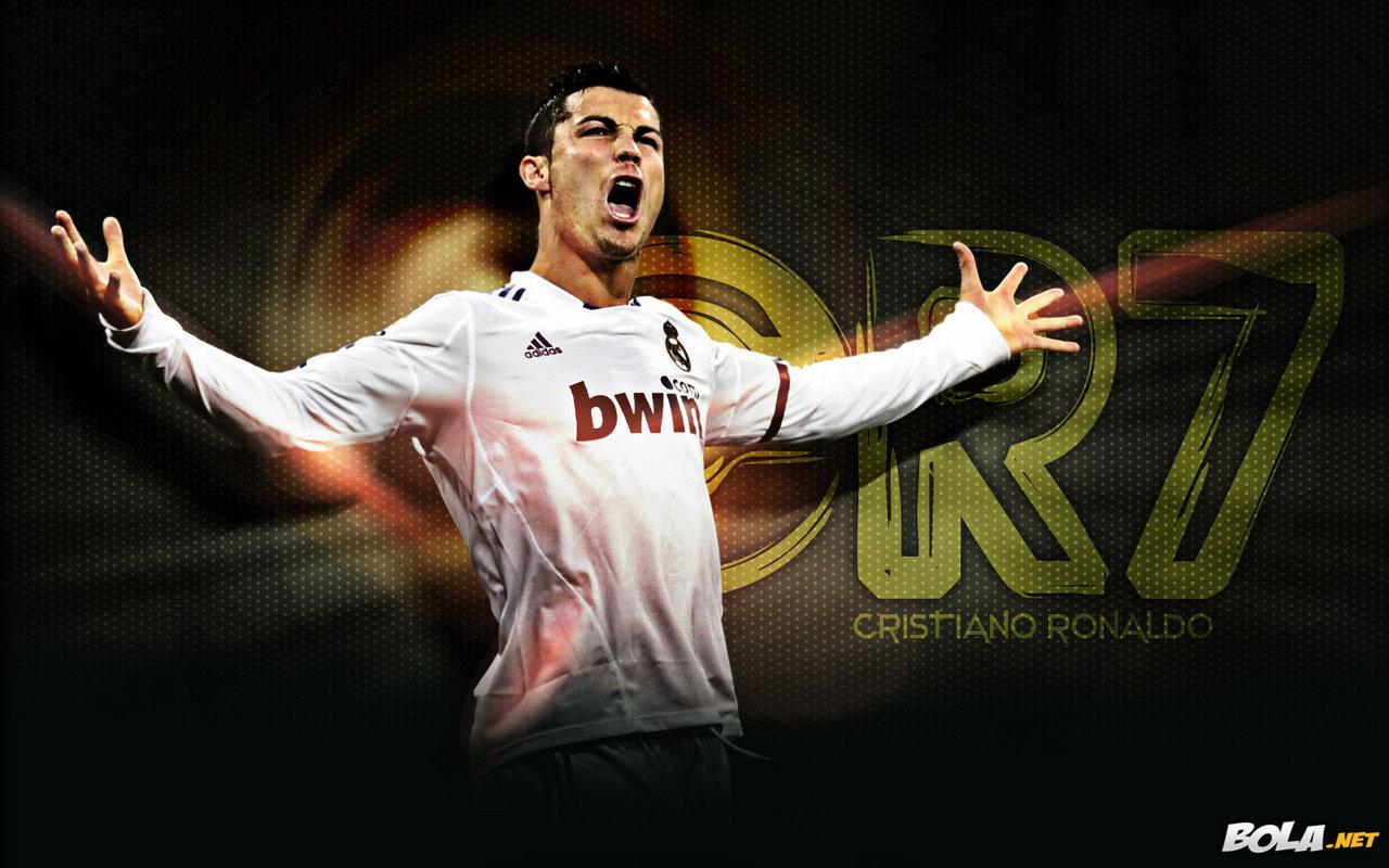 http://2.bp.blogspot.com/-5AwpGC025uU/TiU8ulvgunI/AAAAAAAAAB0/elu03bicb1k/s1600/Cristiano_Ronaldo-2011_wallpaper.jpg.2127207620.jpg