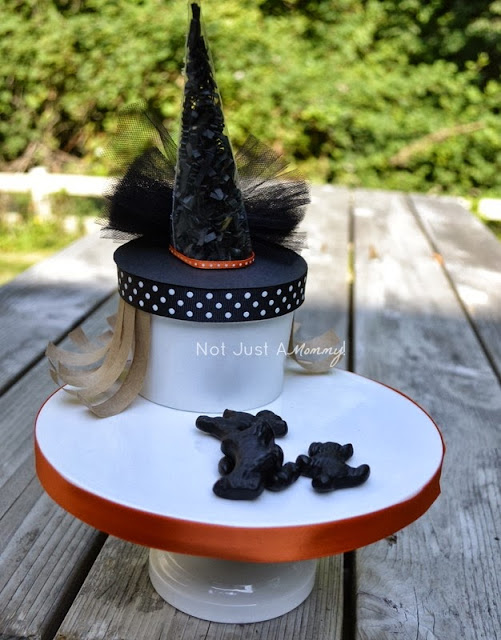 It's Halloweek! Witch Crafts soup container craft