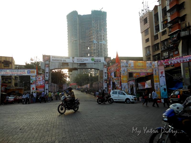Way to Lalbaugcha raja, Ganesh Pandal Hopping, Mumbai