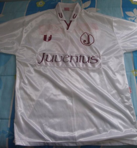 Manto Juventino - As camisas do Clube Atlético Juventus  Julho 2012 7fd4c0d4882de