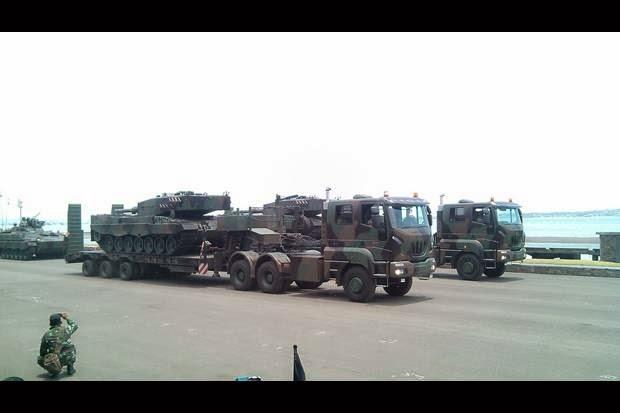 Transporter, truk pengakut tank Leopard