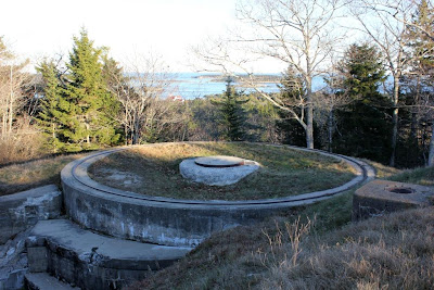 fort baldwin circular gun placement track