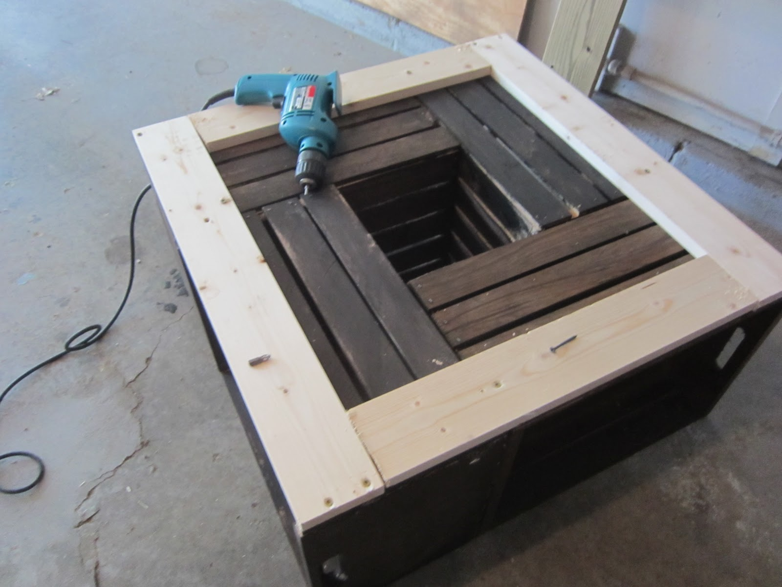 Create Cook Teach DIY Crate Coffee Table