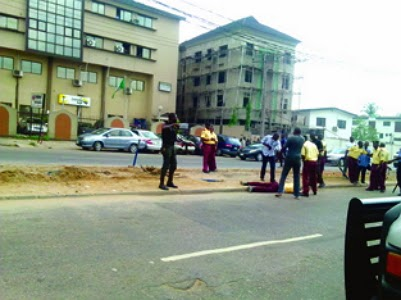 mopol attacked lastma officer