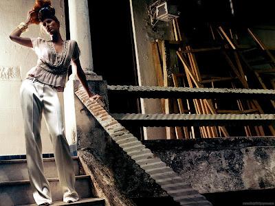 Brazilian Hollywood Actress Gisele Bundchen Wallpaper-1600x1200