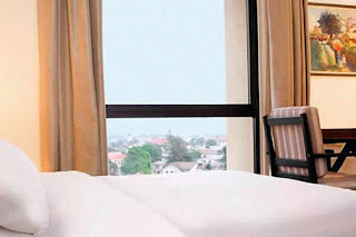 Le Meridien Ogeyi Place Deluxe City View Room