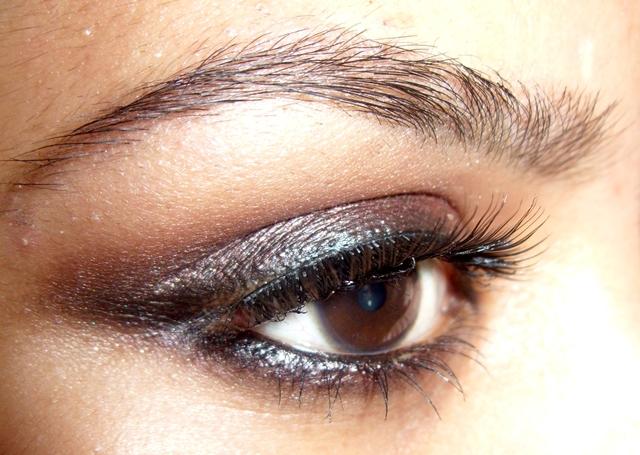 Tutorial: Bronze smokey eye makeup