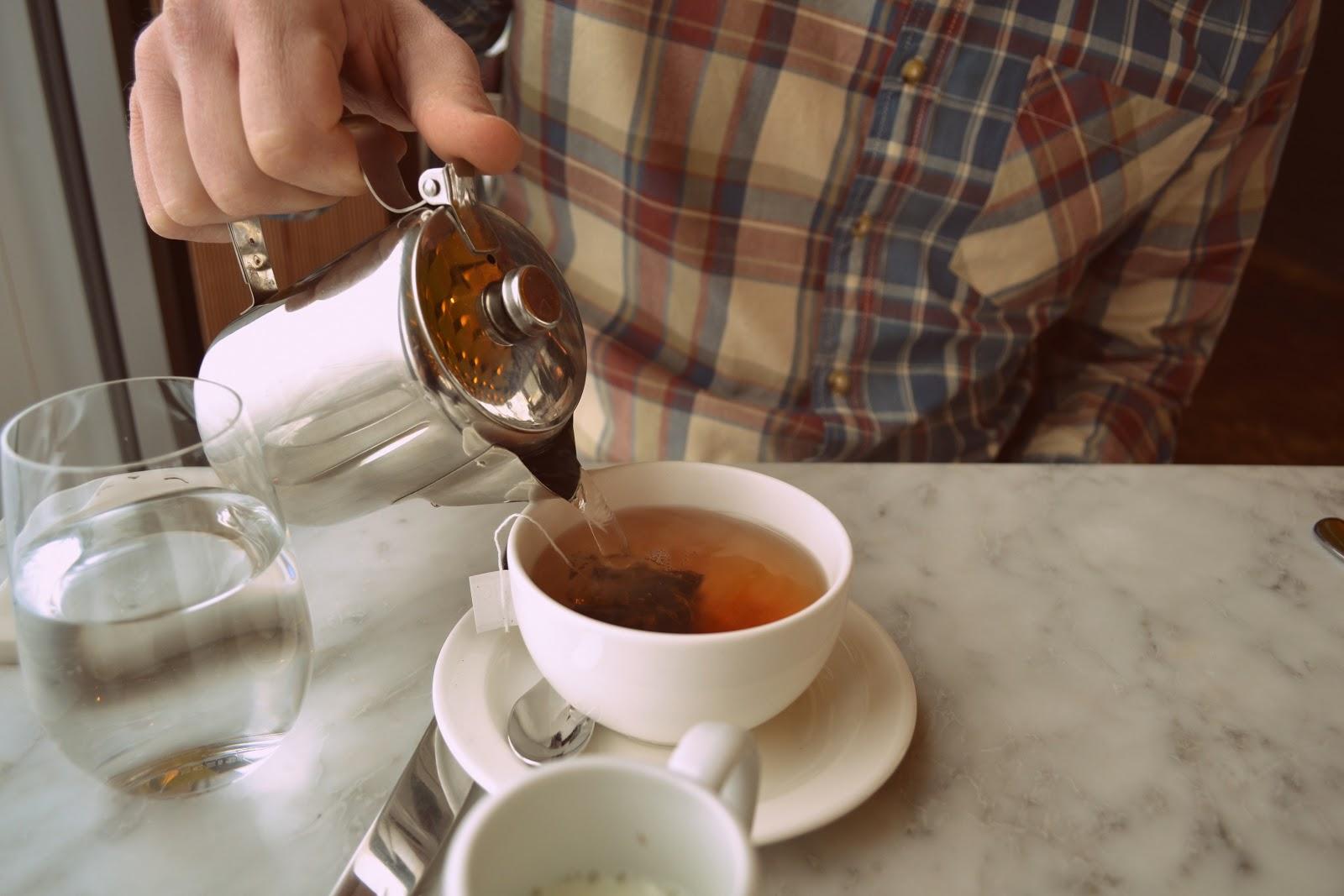 Duck & Waffle English Breakfast Tea.