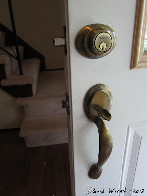 how to fix a door, front door lock repair, how to fix a door dead bolt lock
