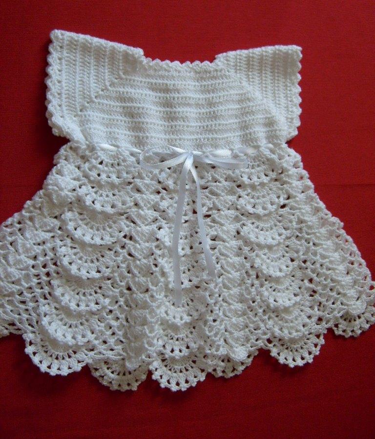 "... arte de crear con tus manos"".: Vestido a crochet para bebé de 3 meses"