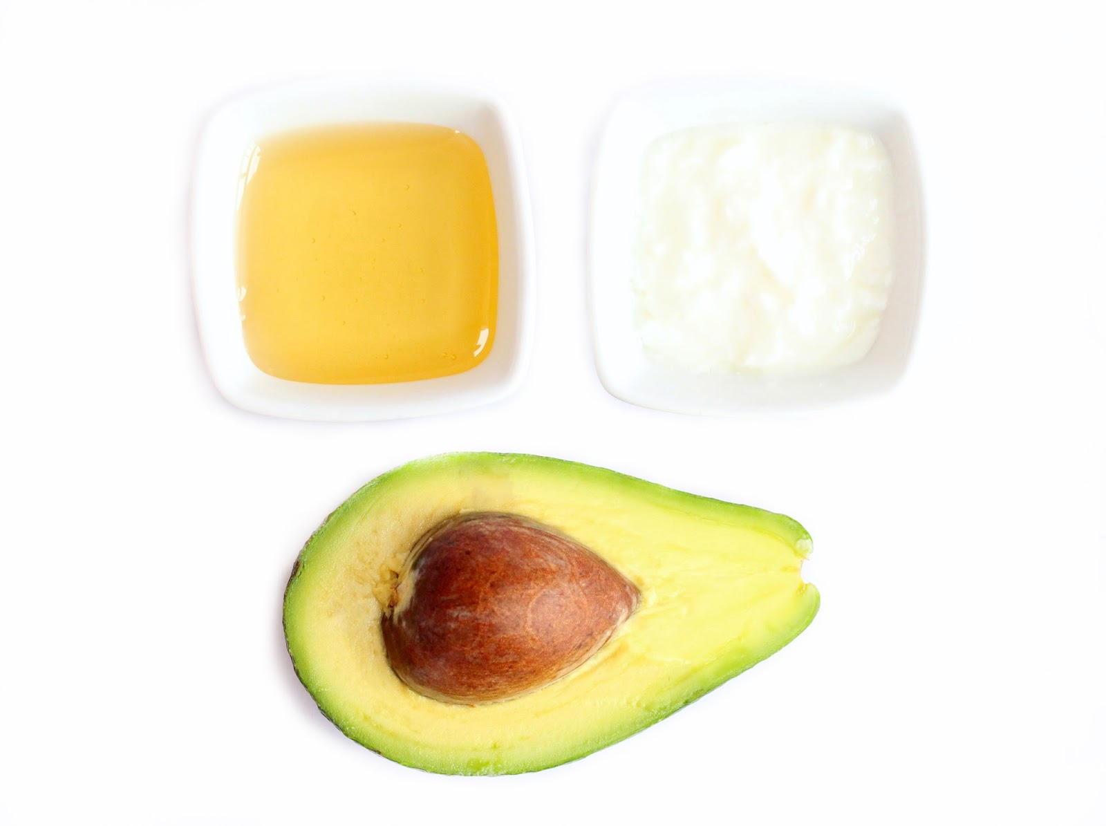 DIY Face Mask with avocado For Dry Skin