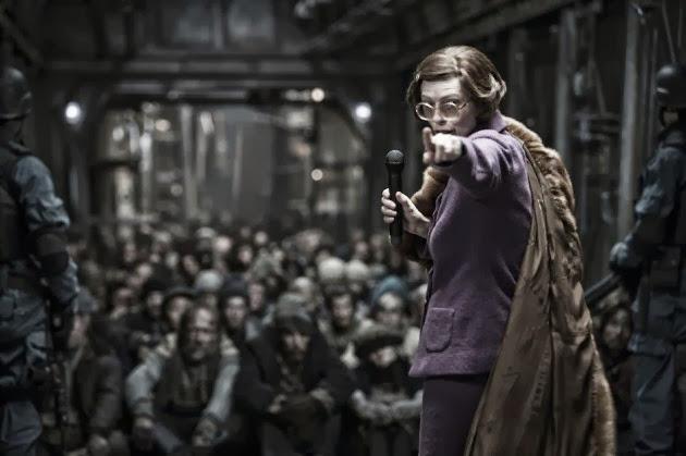 Chuyến Tàu Băng Giá xemphimso Tilda Swinton in Snowpiercer 2013 Movie Image 630x419