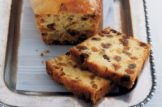 Golden orange and apricot fruitcake Recipe