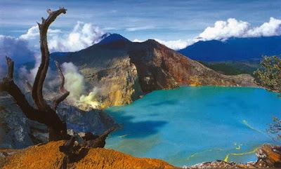Gunung Ijen Banyu Wangi