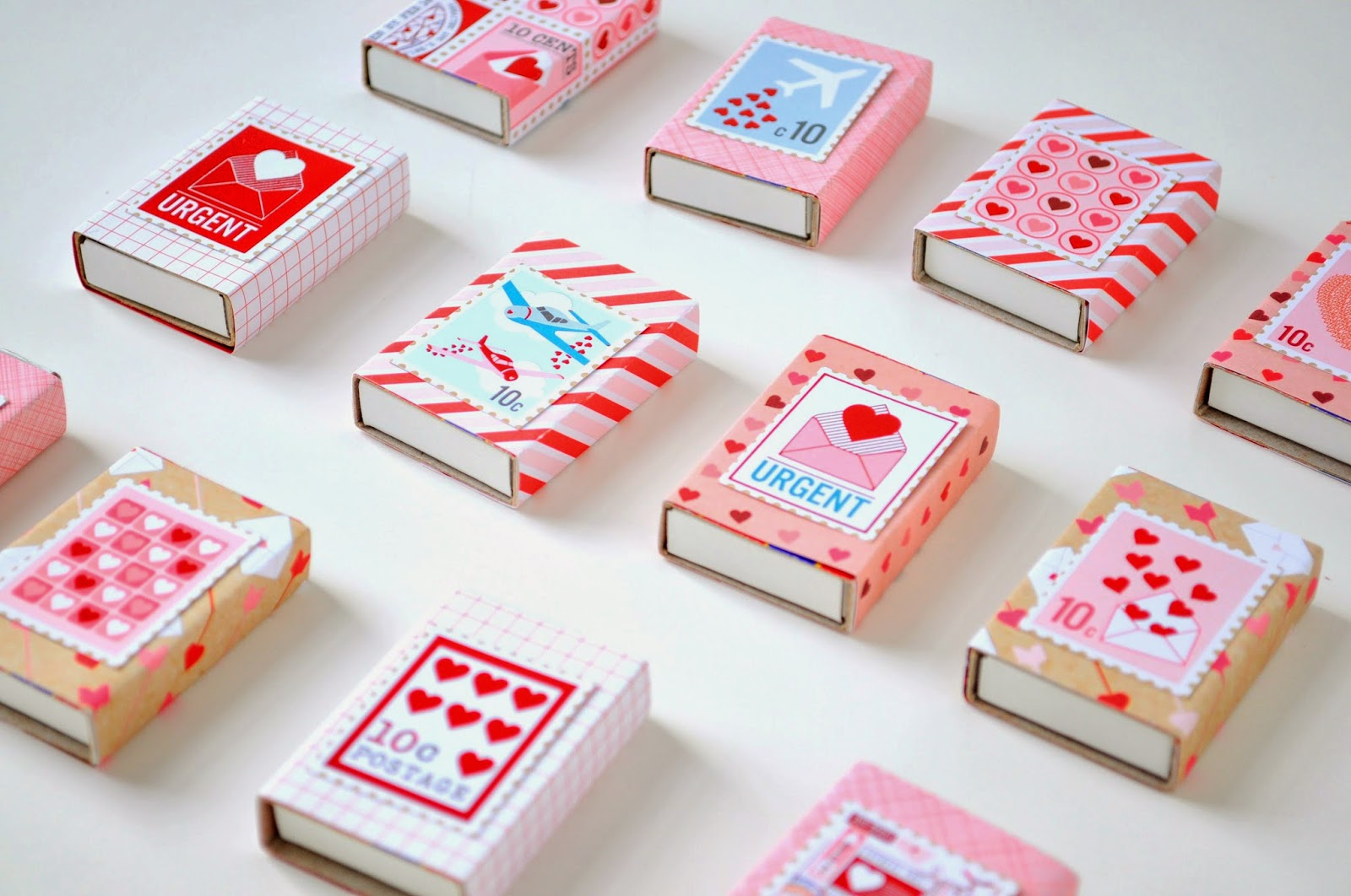 Diy matchbox valentine party favors for Blank matchboxes for crafts