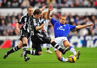 Prediksi Skor Newcastle Vs Everton 13 Mei 2012