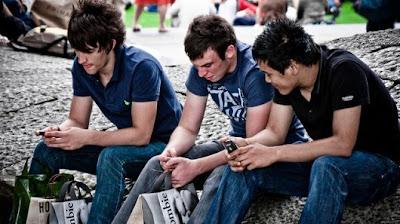 Researcher demonstrates vulnerabilities of mobile phones