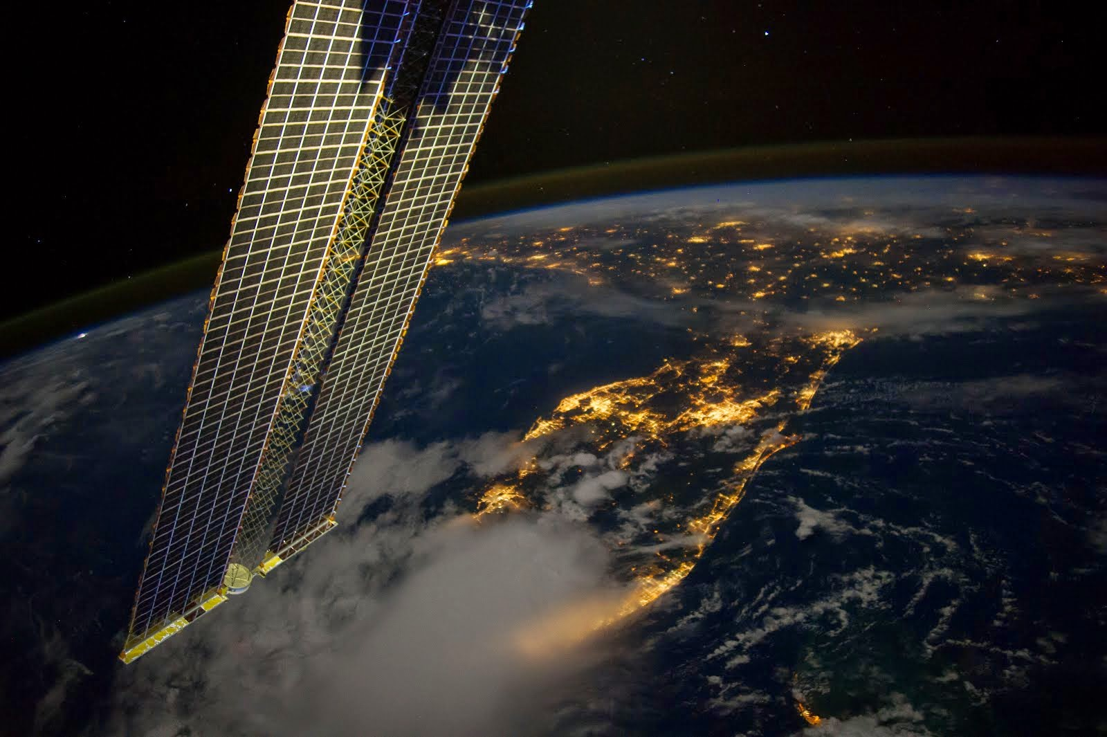 ISS VIEW OF U.S. SOUTHEAST IN THE MORNING