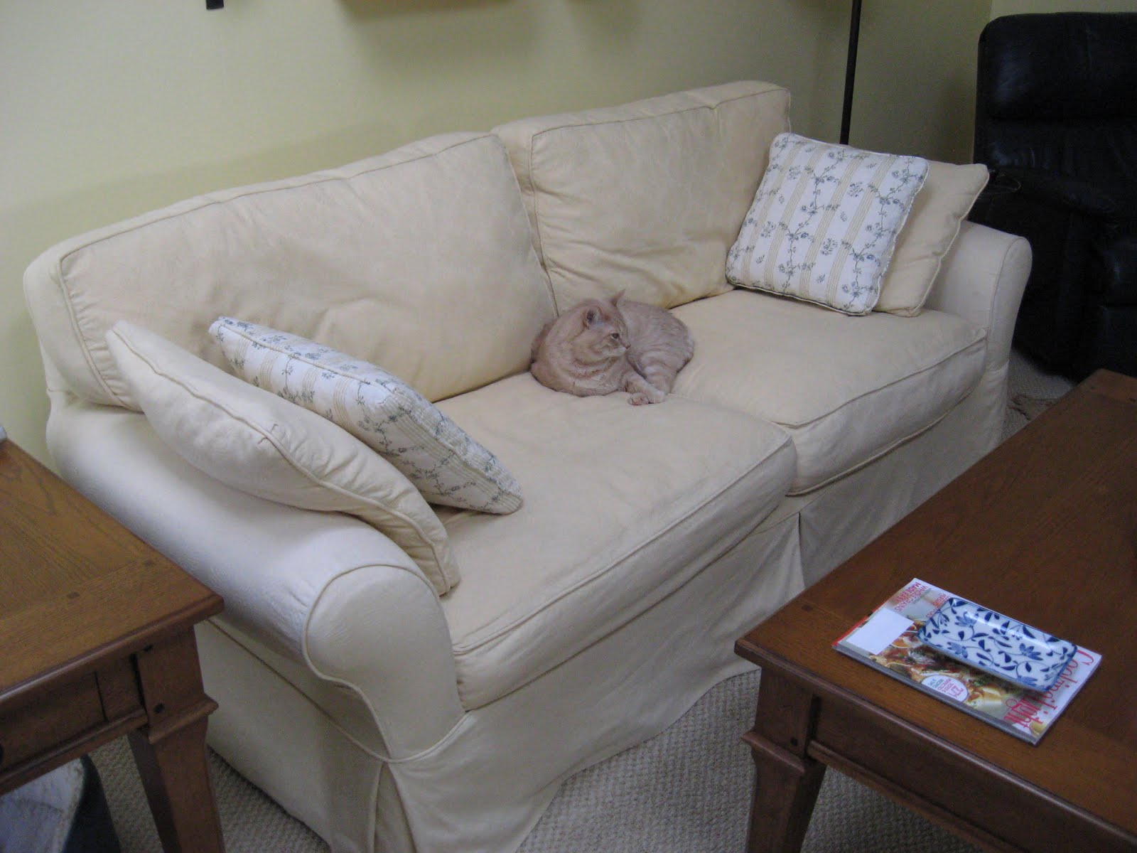 Cozy cottage slipcovers home linen blend slipcover for Linen furniture covers