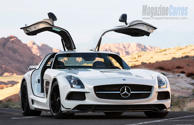 Portas gaivotas do novo Mercedes-Benz SLS AMG Black Series 2014