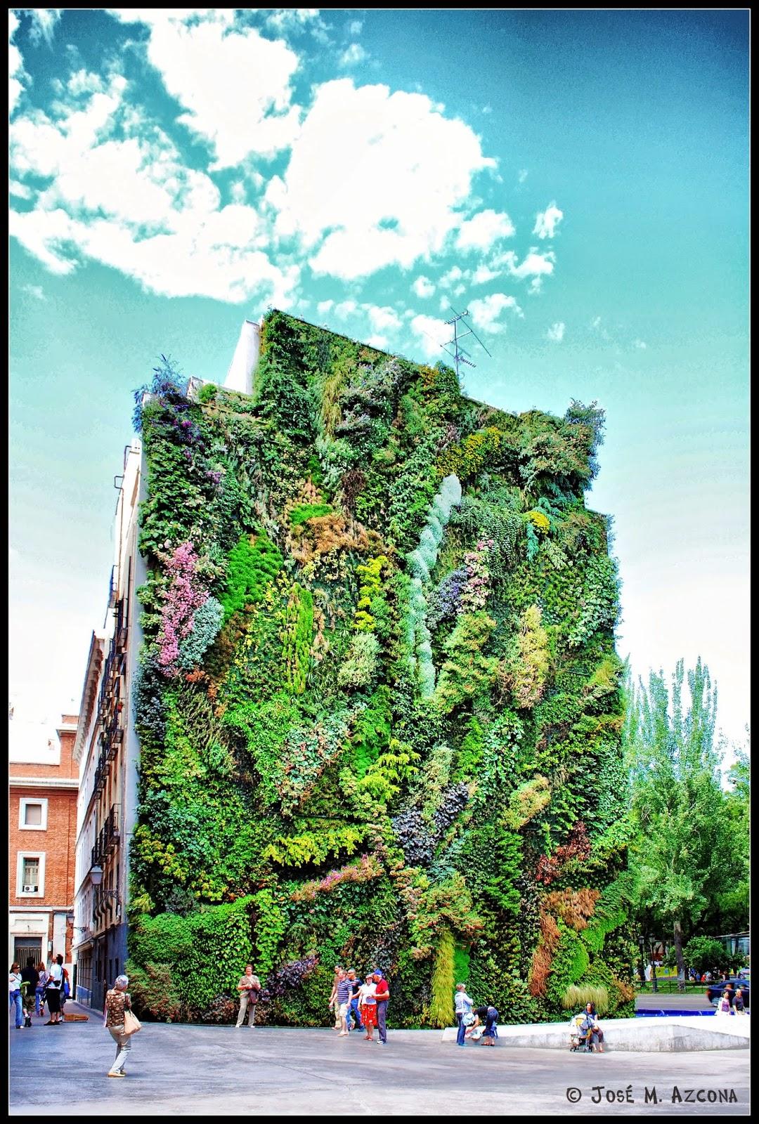 Jardín vertical Caixa Forum.