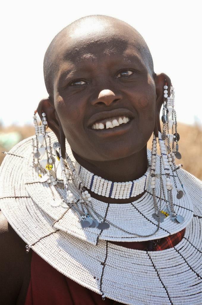 Massai vrouw, Massai juwelen, Tanzania, Afrika, Oost-Afrika, Massai dorp