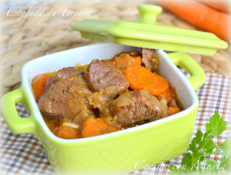 Estofado de ternera con zanahorias. Olla rápida o exprés. Fácil, rápido y casero.